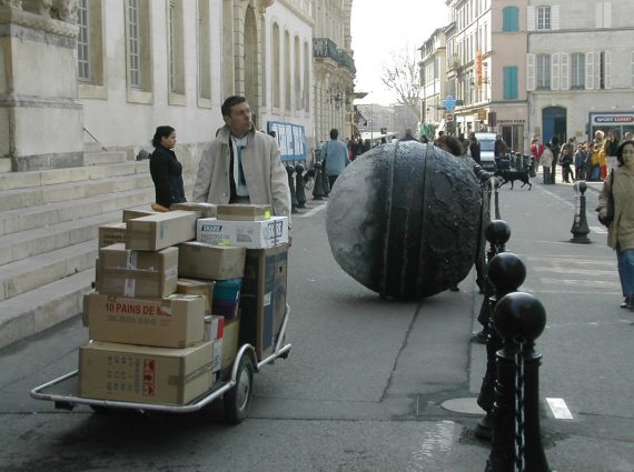 Théâtre de rue - spectacle de rue - Spectacle urbain